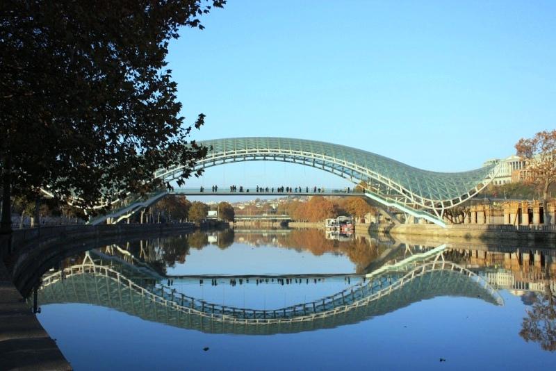 Мост Мира (2010)
